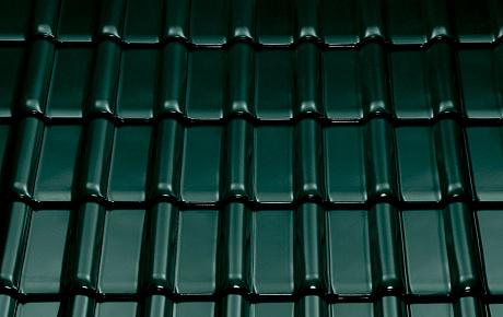 Керамическая рядовая черепица BRAAS Рубин 13V зеленая ель топ-глазурь