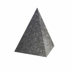 Ландшафтный элемент ВЫБОР ПИРАМИДА Бело-черный Мытый бетон