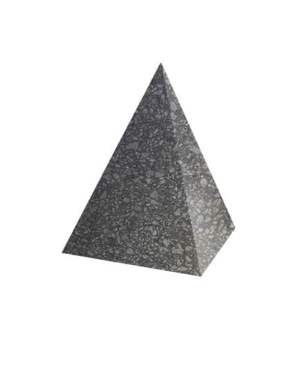 Ландшафтный элемент ВЫБОР ПИРАМИДА Черный Мозаичный бетон